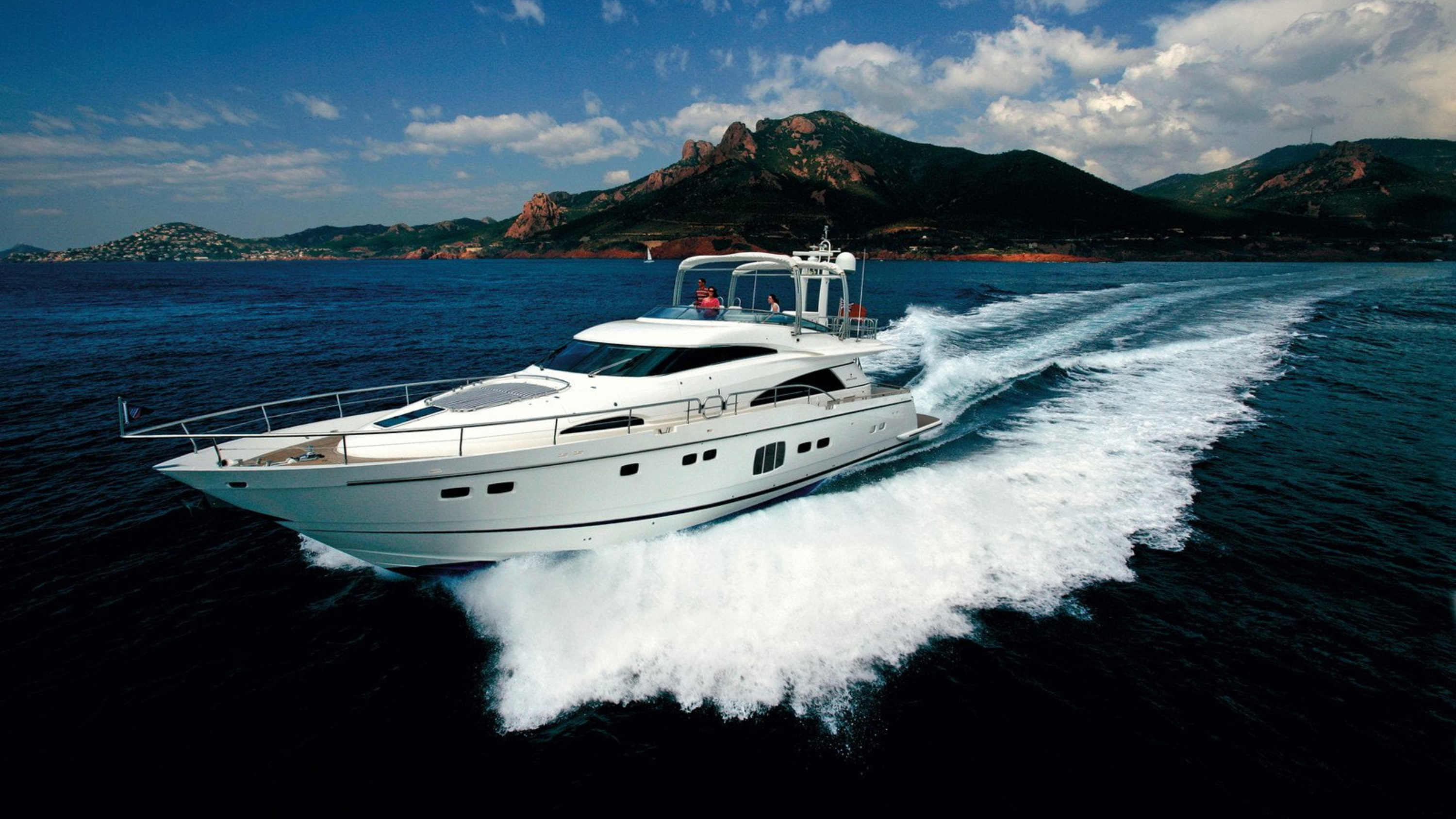 fairline yacht desktop wallpaper